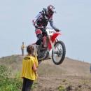 Duminica aceasta, 28 iunie, are loc ce-a de-a 2a etapa a Campionatului Regional Vest la Motocross