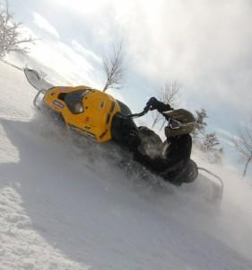 Snowmobil_b